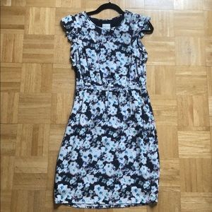 Reiss floral dress WITH POCKETS!!